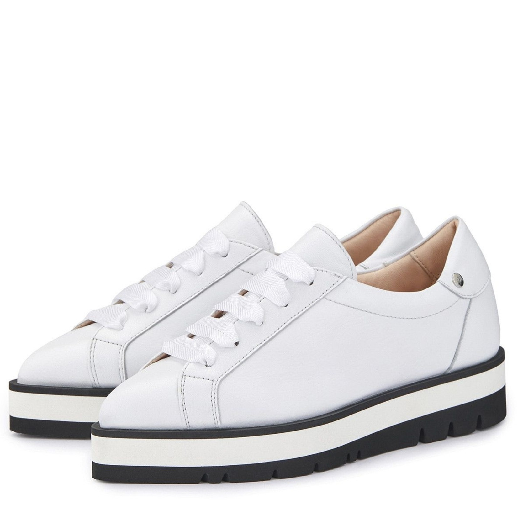 AGL Pointed sneaker