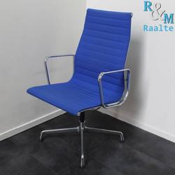 Vitra Eames EA 112 Design stoel – Hopsak - Blauw