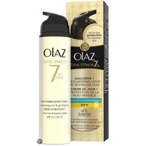 Olaz Total Effects 7-in-1 Gevoelige huid SPF 15 - 50 ml - Dagcrème