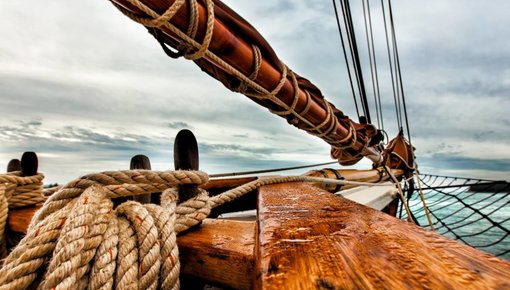 Verf en antifouling voor houten boot
