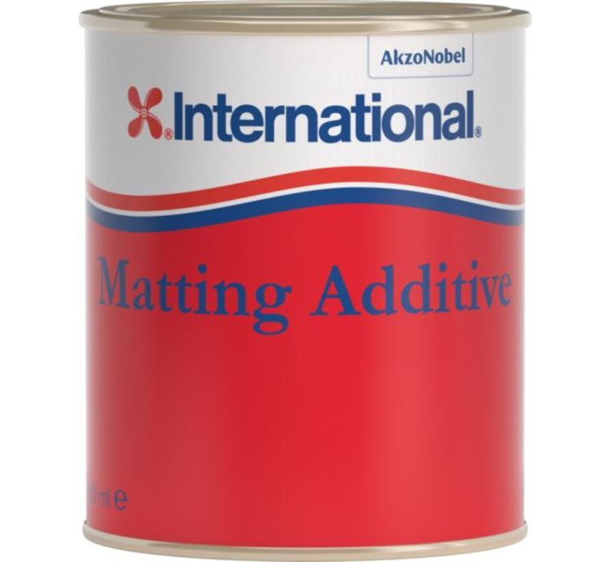 International Matting Additive 750ml voor 1 componentenlak