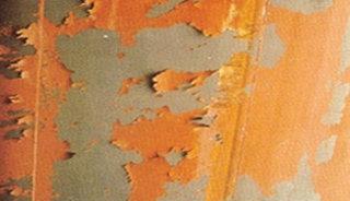 Afbladderende verf, wat is het en hoe los ik dit op?