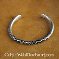 Tidig medeltid 'Hack' silverarmband