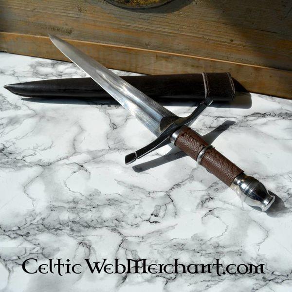 Deepeeka dagger Tim