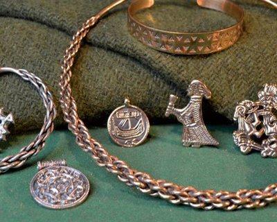 Handgjorda Viking smycken