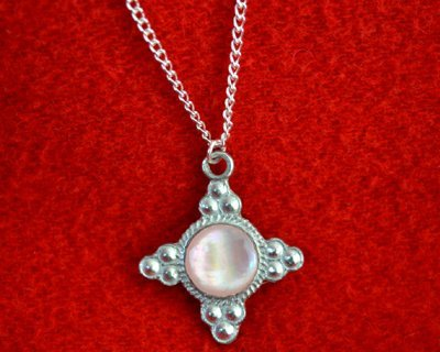 Medeltida smycken