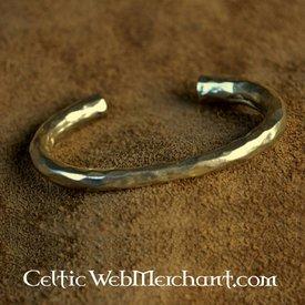 Sent klassisk germansk armbånd