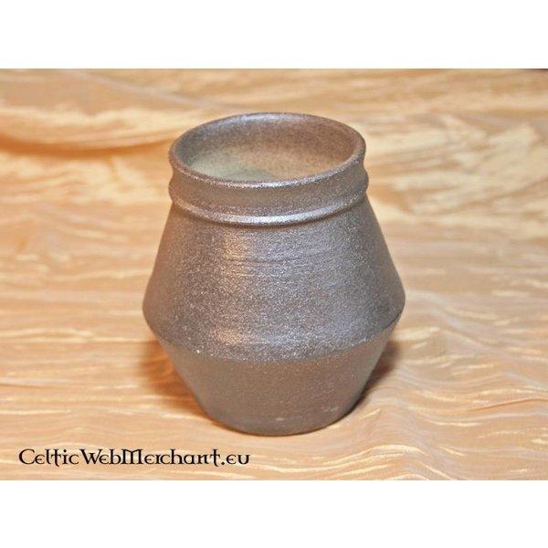 Jarre, début du Moyen-Age, 8cm