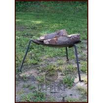 Ulfberth Campfire plate on legs