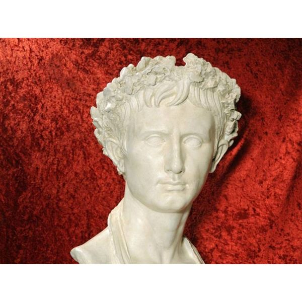 Büste Kaiser Augustus