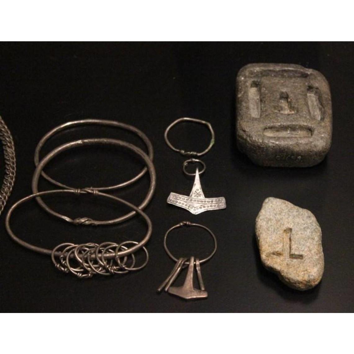 Rømersdal Thors Hammer mit Ring