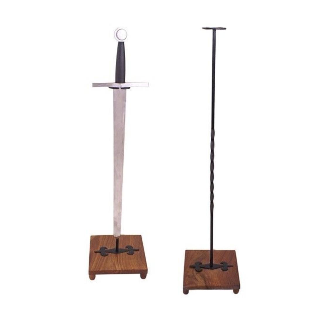Stort svärd stand