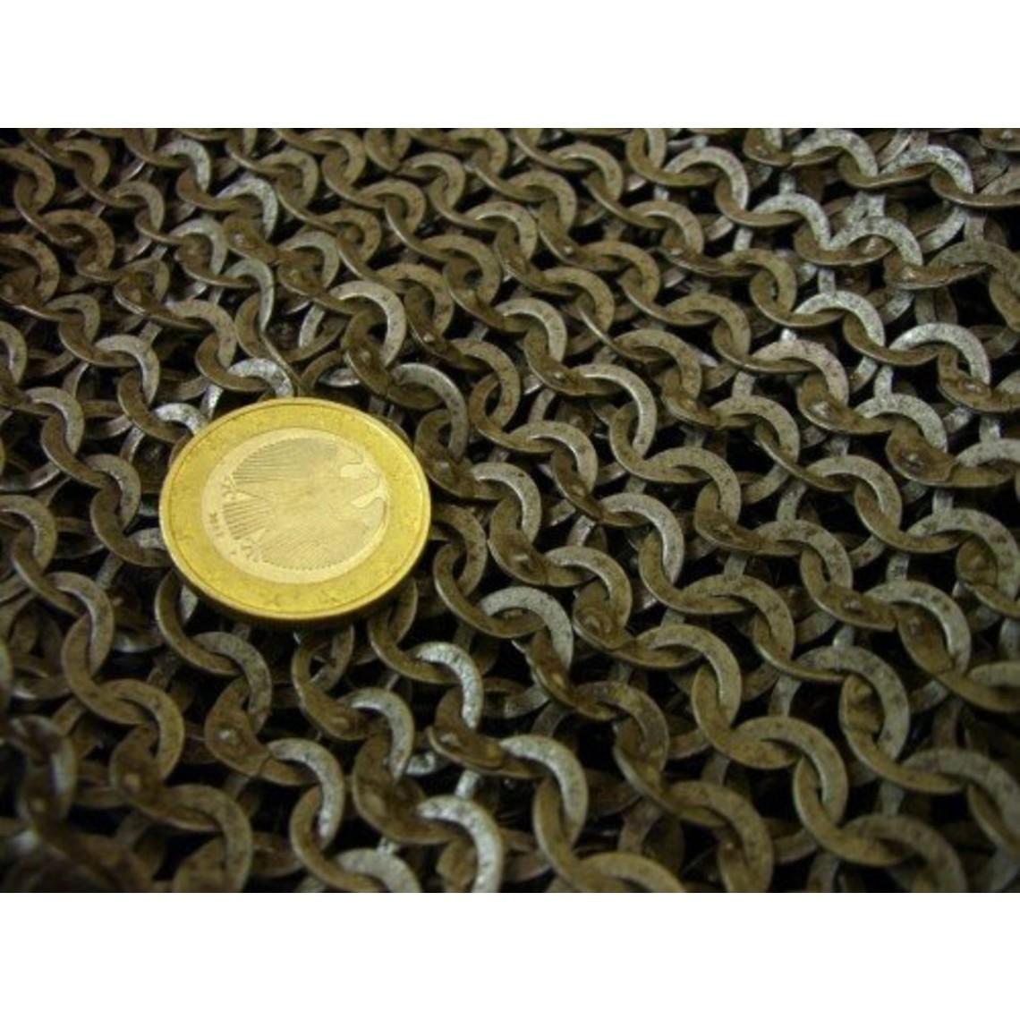 Ulfberth Coif med fyrkantig ringning, blandade nitade ringar, 6 mm