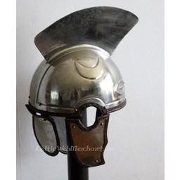 Elmo da centurione romano tardo, Intercisa IV