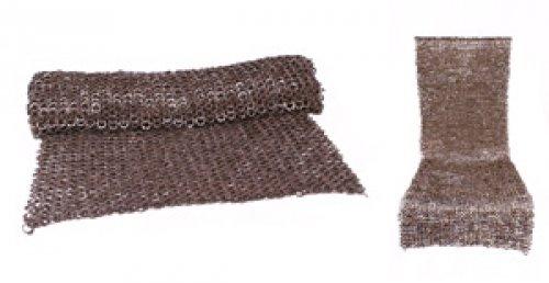 Gonna di cotta di maglia, misto anelli piatti-rivetti a cuneo, 8 mm