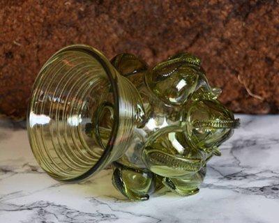 Glasprodukte aus dem frühen Mittelalter