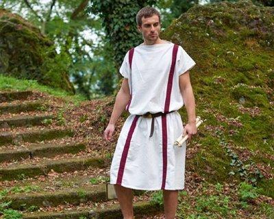 Riproduzioni di abbigliamento dell'antichità e preistoria