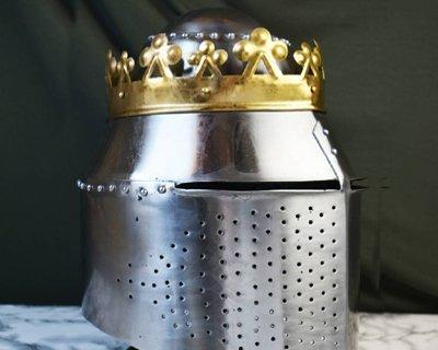 Battle-ready Tøndehjelme & Spandehjelme