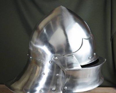 Battle-ready sallet replica's