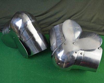 Battle-ready foot & leg armour