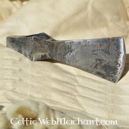 Battle-ready hammer axehead, old (blunt)
