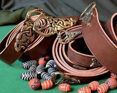Cinturones vikingos