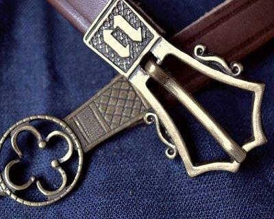 Cinturones medievales, renacentistas y piratas