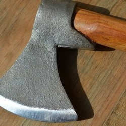 Outdoor axes