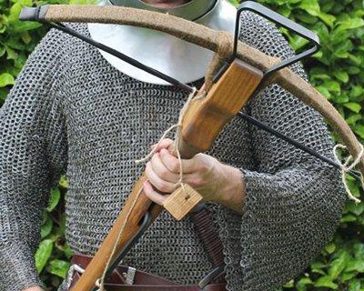 Traditionelle crossbows baseret på historiske originaler