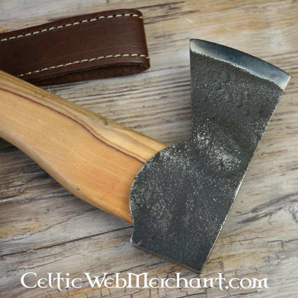 Tradycyjny outdoor ax