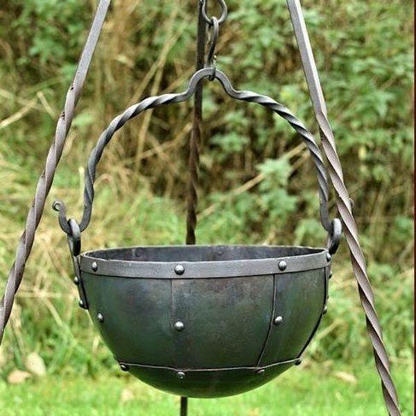 Duży wczesnośredniowieczne kocioł 9 litrów