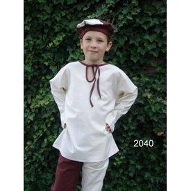 koszula średniowiecznych chłopców
