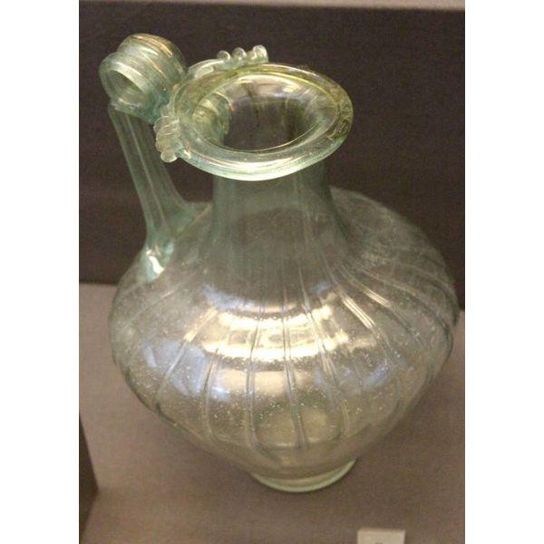 Roman caraffe 000-200 talet AD