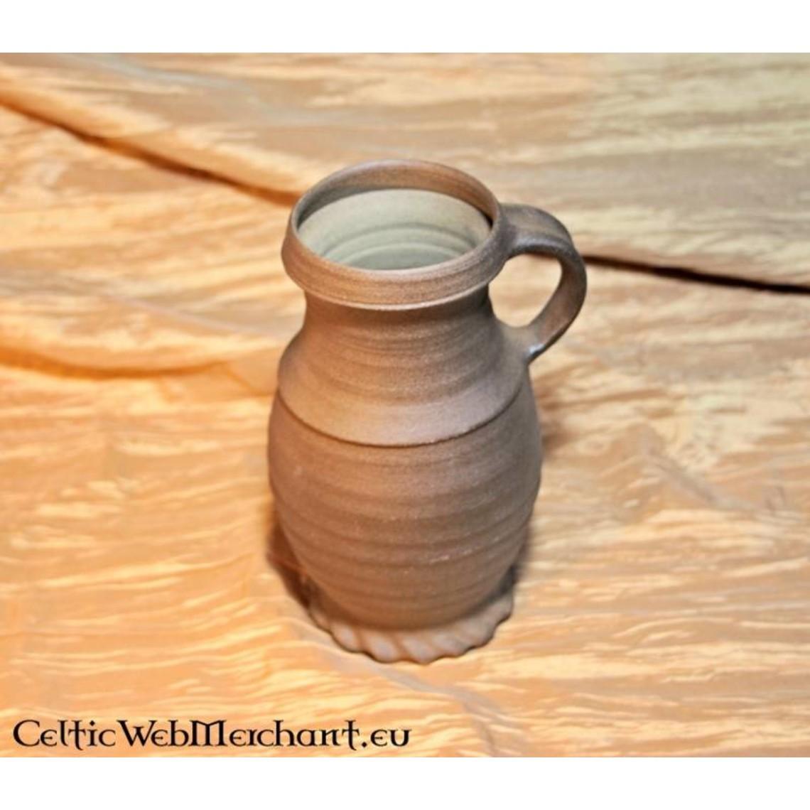 13de eeuwse cilinderhalskruik