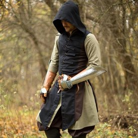 Epic Armoury Sleeveless coat Assas Creed, brunsvart