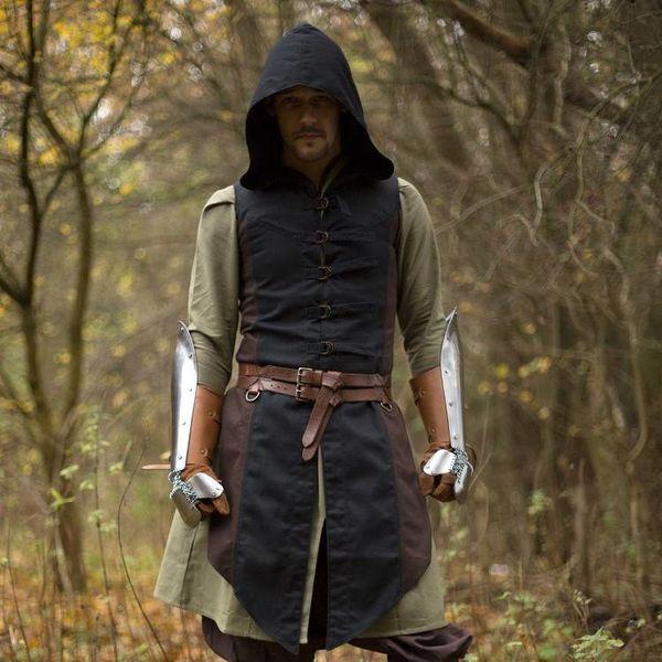 Epic Armoury Sleeveless coat Assas Creed, brunsvart