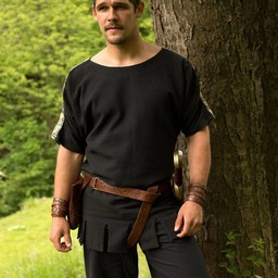 Romeinse tuniek met boothals zwart