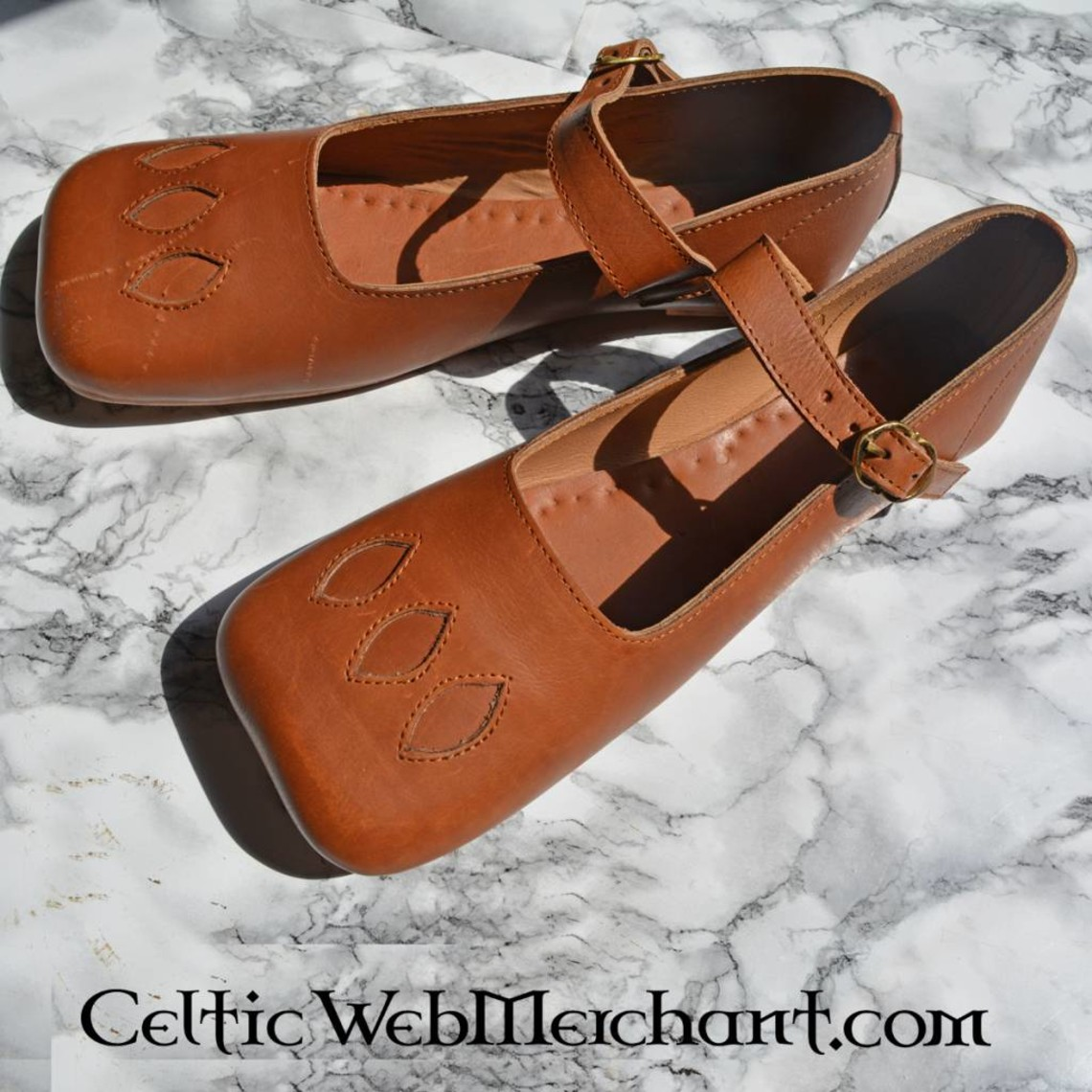 Zapatos de vaca-boca del siglo XVI