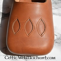 16th century Cow-mouth shoes
