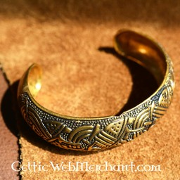 Insular Celtic armband