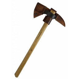 Tomahawk with pickaxe