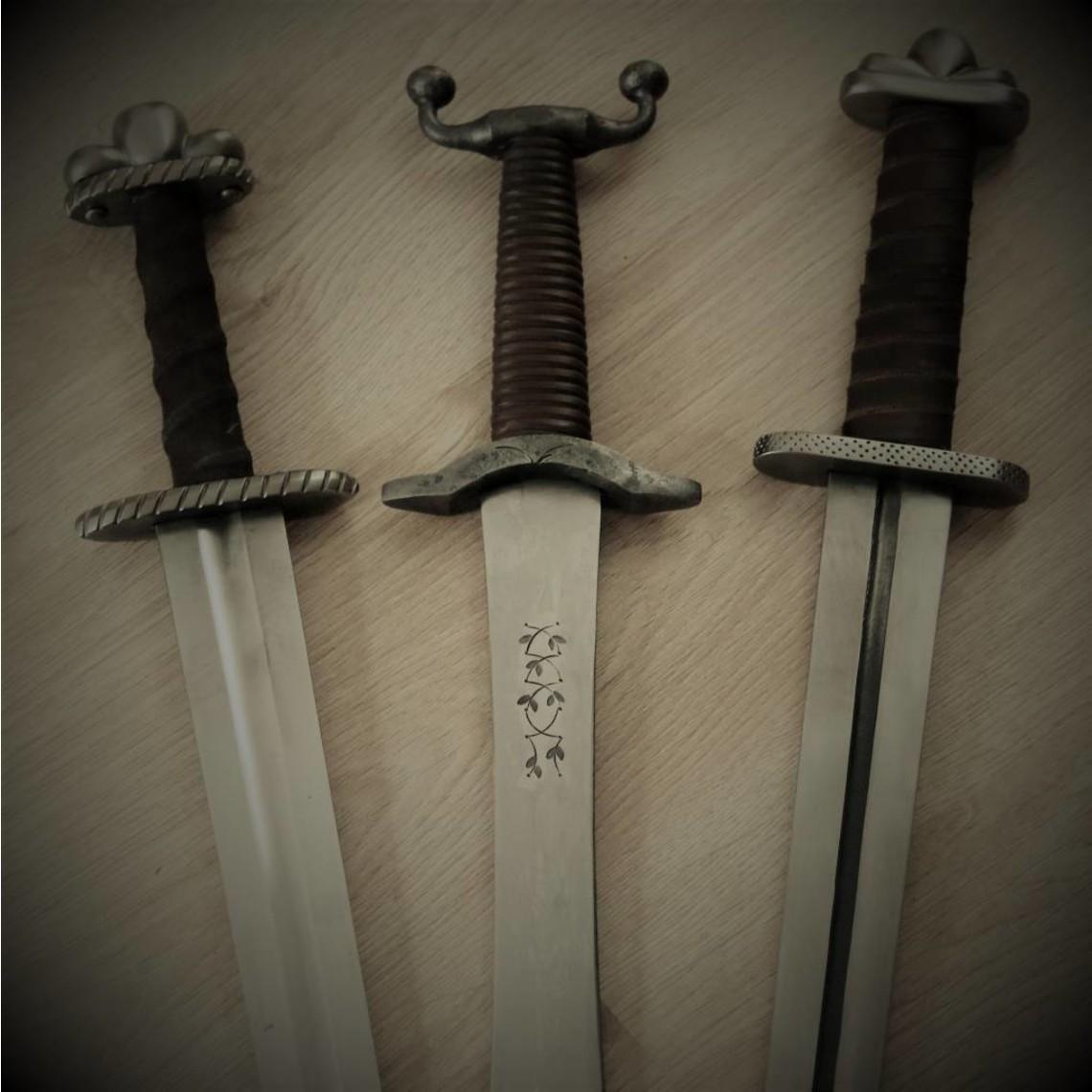 Blunting service daggers (+3 weeks)