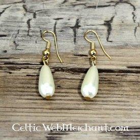 Pearl earrings Anne Boleyn