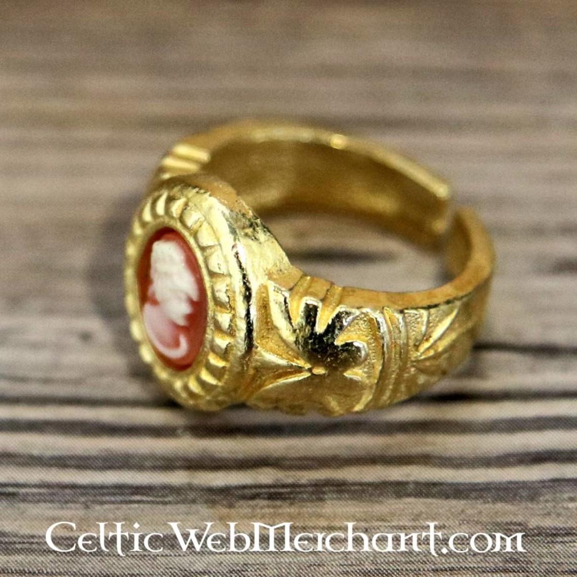 Pierścień kamea, złocone