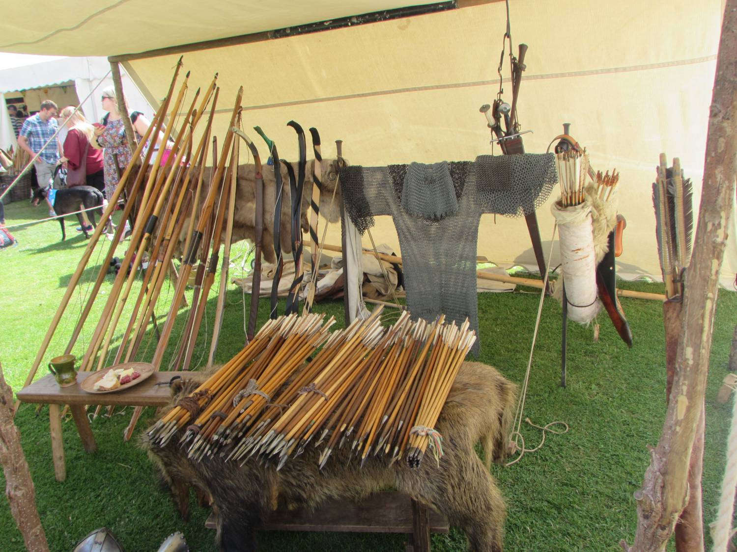 Longbow display