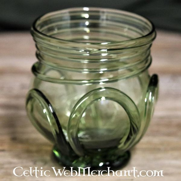 Birka glass, grave 750