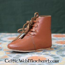 crianças do século 15 sapatos