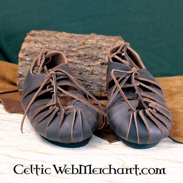 Läder järnålders sandaler