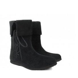 Historyczne dziecięce buty czarne