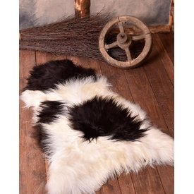 Nordic sheep skin black-white